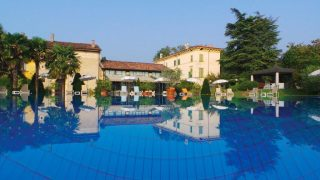 LOGO Hotel excellence Magazine luxury